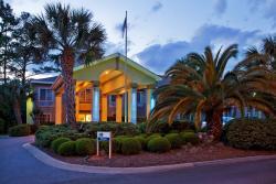 Holiday Inn Express St. Simon's Island