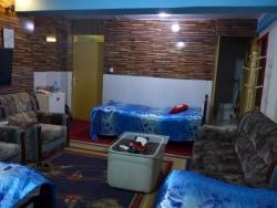 Baharestan Aria Guesthouse