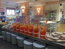 Chicco's Bar