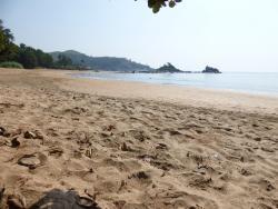 Om-beach, 1. teil