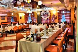 Tavernella Cafe