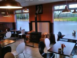 Panzerotti - Cafe & Bakery