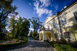 Szidonia Manor House