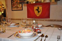 Il Paesano Italian Cafe, Deli and Wine Market