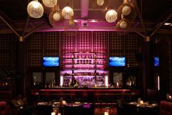 Rare bar & Steak house