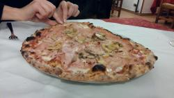 Fish mixed grill, Nizzarda salad, cheescake, pizza with ham and mushrooms - all delicious!:)