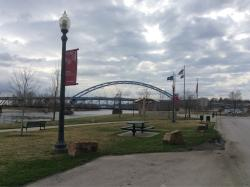 ‪Riverfront and Independence Parks‬
