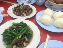 Phasuk Restaurant