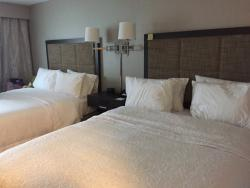 Hampton Inn & Suites Cincinnati / Kenwood
