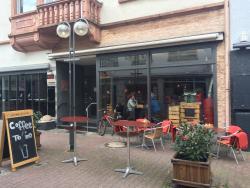 Cafe Del Castillo