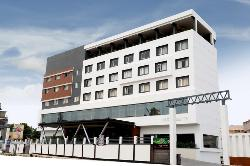 Hotel Nakshatra-LR