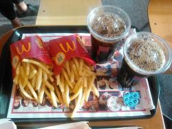 McDonald's Akaike Ekimae