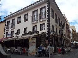 Advans Cafeteria-Creperia