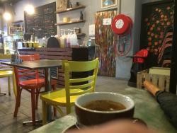 La Roue Cafe