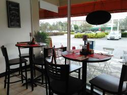 Mawi's Cafe
