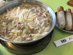 Dong Bei Suan Bai Cai Hot Pot