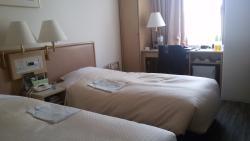 โรงแรมกินซ่า แคพปิตัล เมน