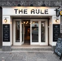 ‪The Rule Pub Diner‬