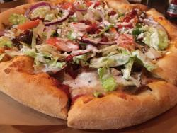 Mega Pizza & Grille