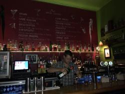 Mo's Bar