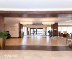Lobby at the Hilton New York JFK