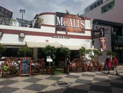 McAli's Bar & Restaurant
