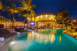 Cocoon Restaurant Bar Beach Club