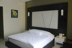 Golden Hotel Sarolangun