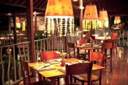 Lamak Restaurant & Bar