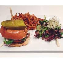 Ste-Catherine & Burger Restobar
