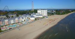 Cedar Point's Hotel Breakers