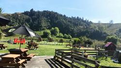 Flat Hills Cafe and Tourist Park