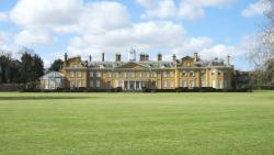 Stratfield Saye House