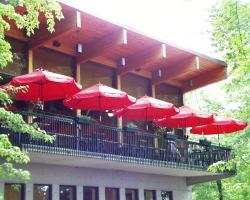 Le Saint-Eloi Cafe-Bistro
