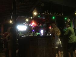 El Lugar Resto Pub