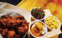 Fuzzy's Diner & Cafe