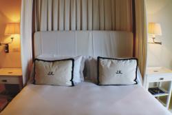 Home Comforts & Cosmopolitan Cool at J.K. Place Capri