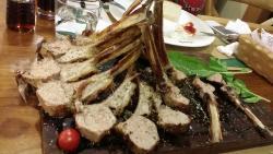 مطعم شازلي ، فلويا ، اسطنبول باختصار تفوق على مطعم نصرت الشهير رحابة في المكان جودة في الأكل الم