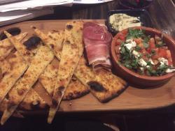 Denn Bar & Restaurant