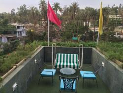 Hotel Hillock, Mount Abu: the only Hill Station in Rajistan