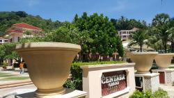 Centara Grand Beach Resort : Nestled in the quaint corner of Karon Beach!!!