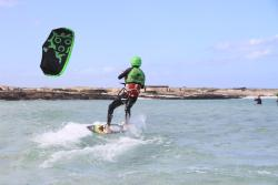 Strapless Kite & Surf School