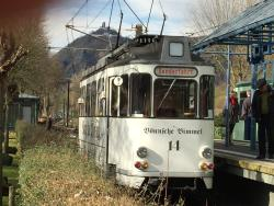 Nostalgie im Petticoat - Stadtrundfahrt im Oldtimerbus