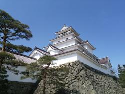 Tsuruga jo Castle