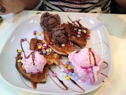 Gallones Ice Cream Parlour