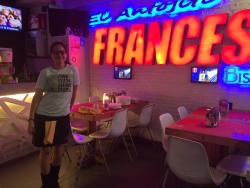 Antojito Frances