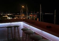 Vipera Lebetina Cocktail Bar