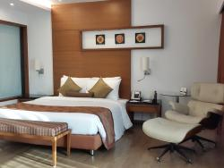 Country Inn & Suites By Carlson, Navi Mumbai