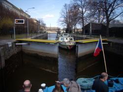 Eclusas ao longo do rio por onde passa o cruzeiro