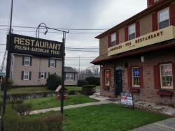 Charles-Ten Restaurant